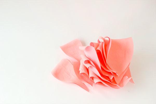 DIY-Crepe-Paper-Roses