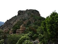 Arrivée au col : le dôme sommital de la Punta Sant'Andria