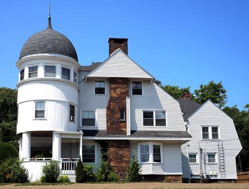 strange house - East Greenwich, RI by t55z via I {heart} Rhody