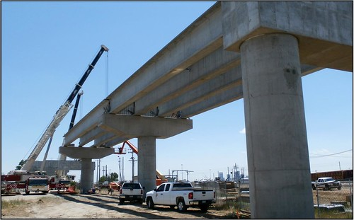 Photo of girders being set on Utah Junction Bridge