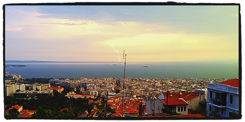 Caught a Glimpse of Lighting in Thesssaloniki, Greece by tf_82