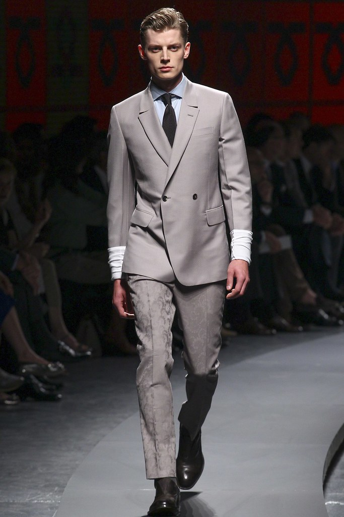 Janis Ancens3114_SS14 Milan Ermenegildo Zegna(vogue.co.uk)