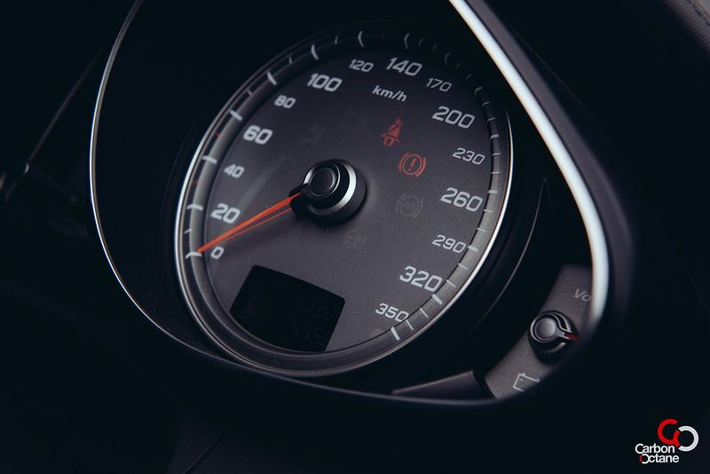 2013 - Audi - R8-21.jpg