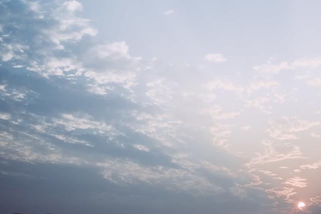 「白雲飄過會更寂寞」