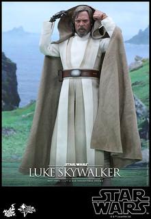 Hot Toys – MMS390 – 《星際大戰:原力覺醒》1/6 比例 路克‧天行者 Luke Skywalker