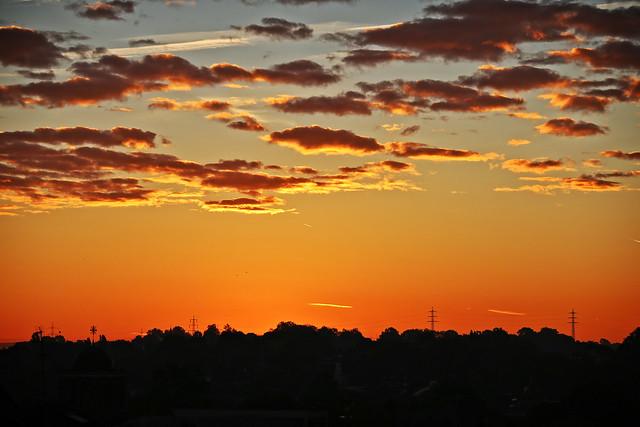 Sonntag-Morgen-Sonnenaufgang