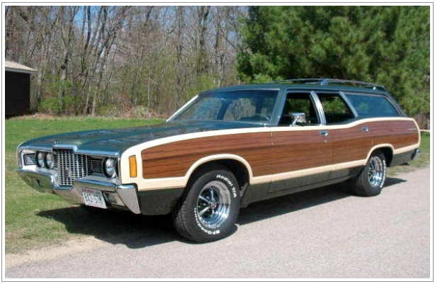 1971 Ford Country Squire Station Wagon - IPhone Savior: IBackwoods Gives Your IPhone The Look Of A Wood
