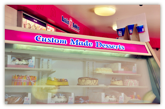 Baskin Robbins: Mud Cake Sundae on Monday