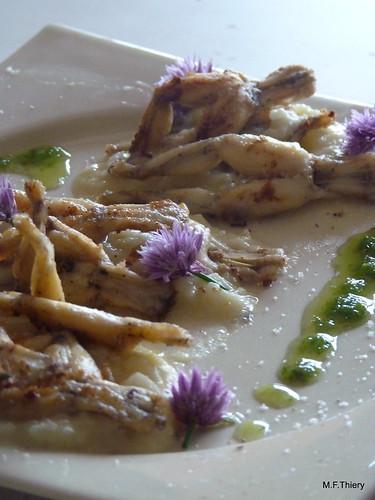 Cuisses de grenouilles à l'huile de ciboulette