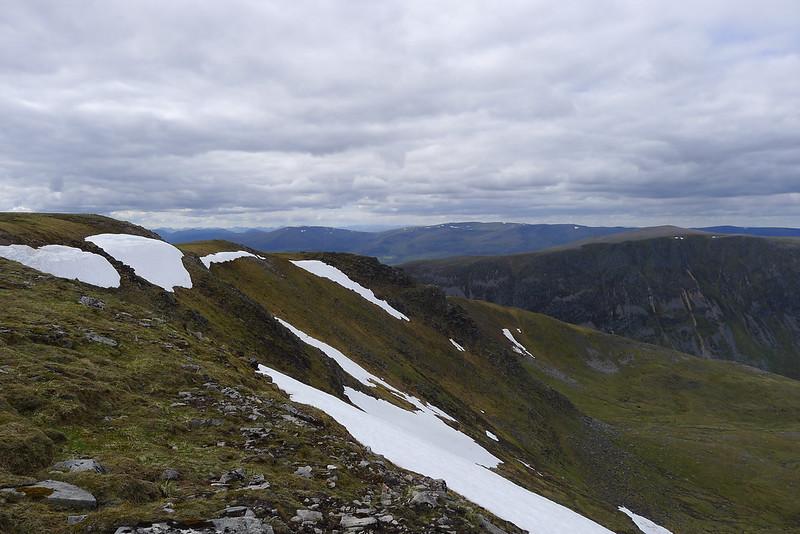 Cliffs of Geal-Chàrn