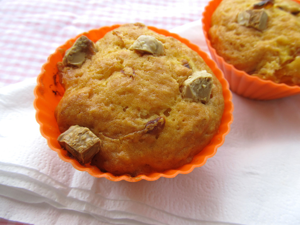 Muffin de maracujá com chocolate branco