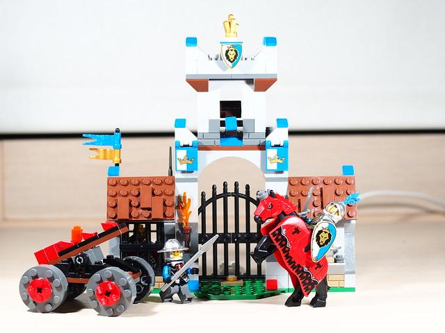 P9085238 LEGO 70402