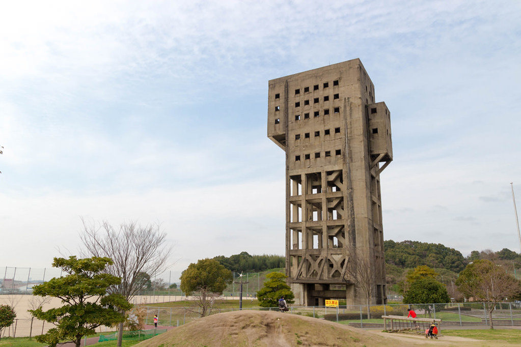 志免鉱業所竪坑櫓全体像