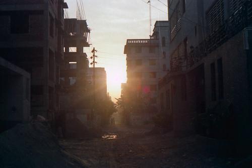 morning light sun film analog sunrise fujifilm dhaka rise scenes bangladesh olympusom10 zuiko50mmf14 fujicolorc200 dhakadivision epsonv330 sheikhshahriarahmed
