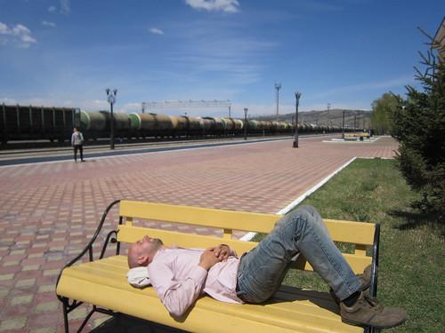 Ed chills at the Mongolian Russian border