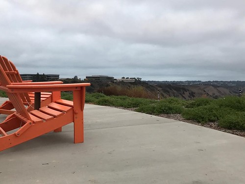 I might have to use the new outdoor desks at work @lifeatnow #pacificocean #sandiego