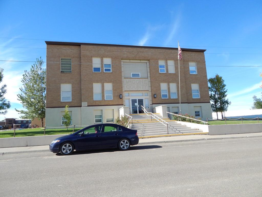 Montana mccone county circle - Mccone County Courthouse Circle Montana