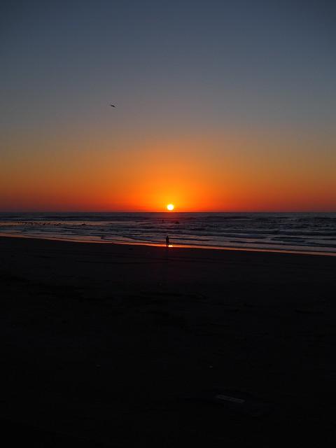 the sun set into the ocean