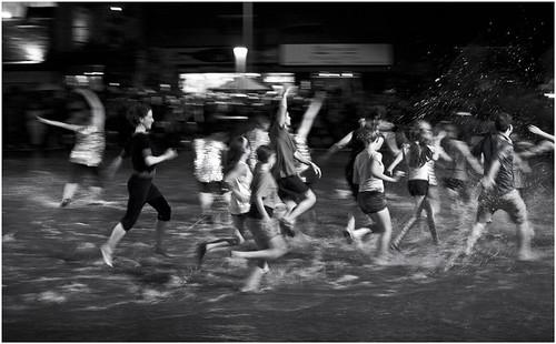 Splash Dance by felixtrio