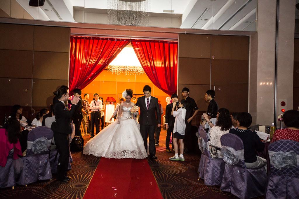 wedding0504-361.jpg