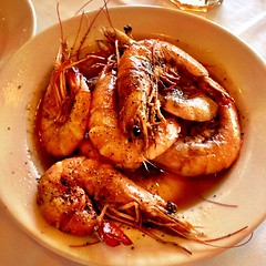 the original barbecue shrimp from Pascal's Manale #onlyinneworleans #nola #food