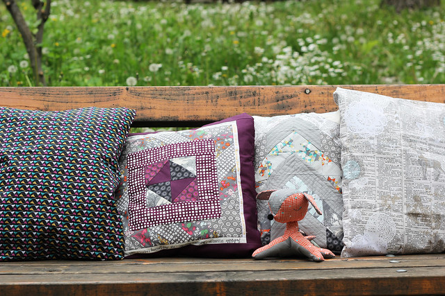 Indelible collection cushions