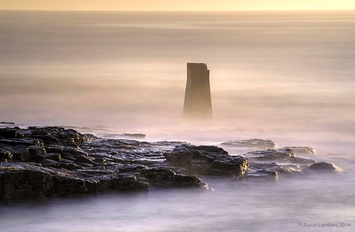 longexposure sea mist seascape misty sunrise dawn big rocks northsea lee beacon tyneside hdr stopper whitleybay firstlight stmaryslighthouse photomatix bigstopper d5100
