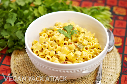 This Mexican Macaroni & Cheeze is not your typical vegan mac, this dish has some added flair with ingredients like jalapenos, cayenne, and black beans!