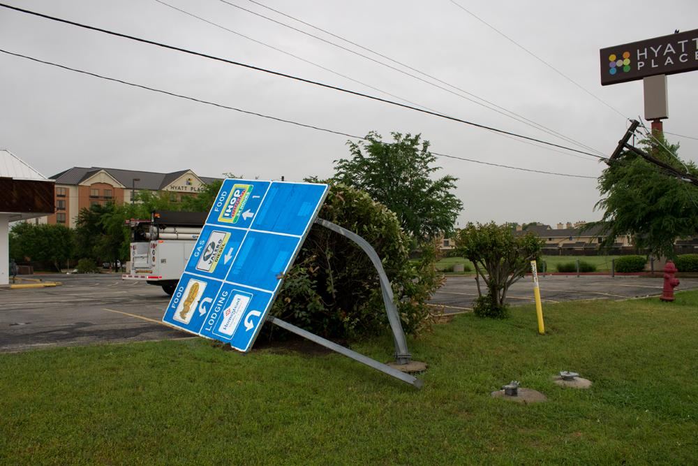 360 Power Lines Sign