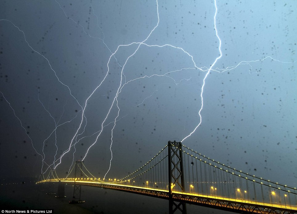 weird weather in San Francisco April 12, 2012 | thanks | 350