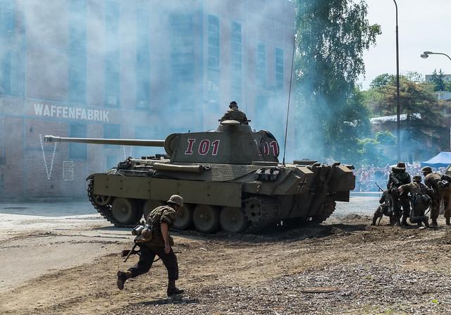 немецкий танк, уличная битва
