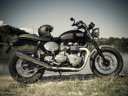 Triumph Thruxton - Bonneville by zabmocaled