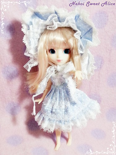 Hybrid Little Pullip with Picco Neemo Body
