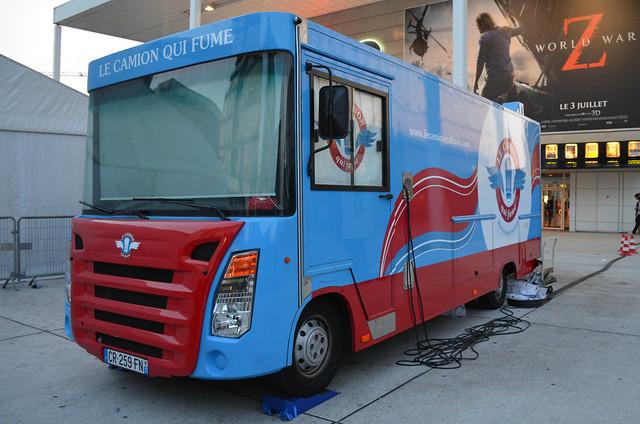 paris_camion_qui_fume_truck