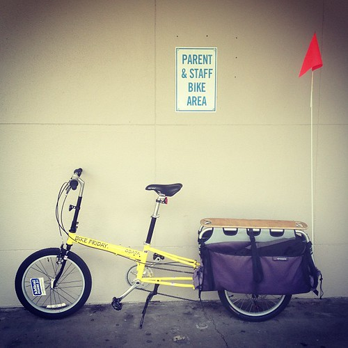 Still on Haul-a-day! Digging the ride so far. #xtracycle #bikefriday #familybiking