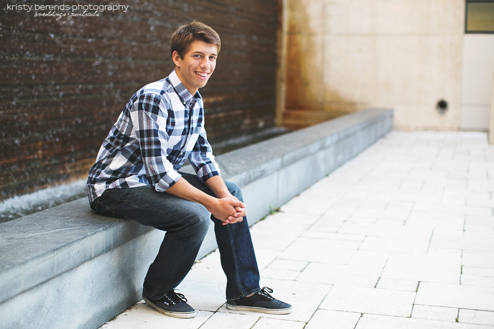 Senior session GRAM Fountain