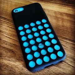 purple(0.0), polka dot(0.0), turquoise(0.0), bling-bling(0.0), pattern(1.0), aqua(1.0), teal(1.0), gadget(1.0), design(1.0), circle(1.0), blue(1.0),