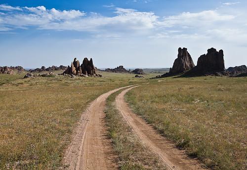 road travel landscape rocks desert adventure mongolia valley gobi mongolian gazriin dundovi chuluuclouds