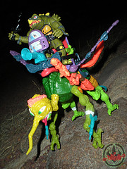 """MEGA MUTANTS"" TEENAGE MUTANT NINJA TURTLES :: NEEDLENOSE xxxvi / ..with Tokka (( 1990 ))"