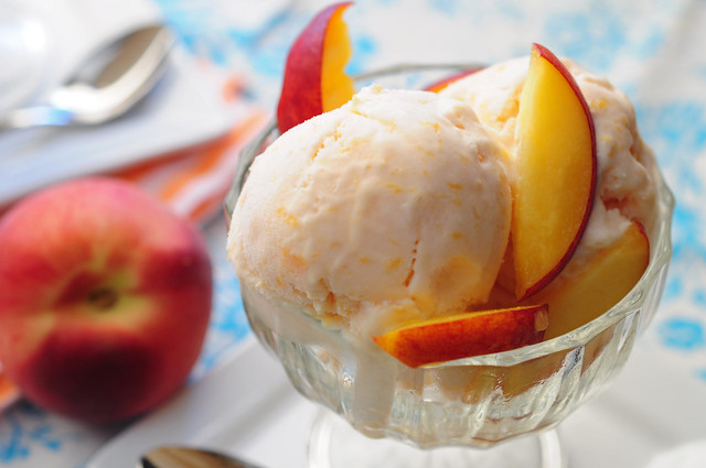 peaches 'n cream