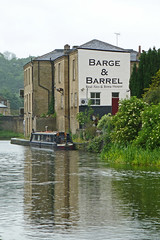 Barge and Barrel, Elland by Tim Green aka atoach