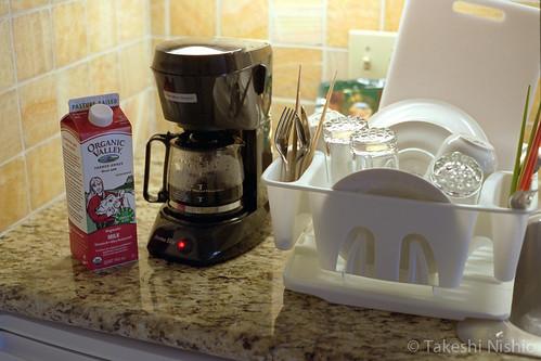 コーヒーを淹れる / Making coffee