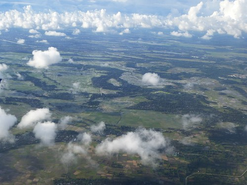 Papoua13-Kendari-Biak-Avion (70)1