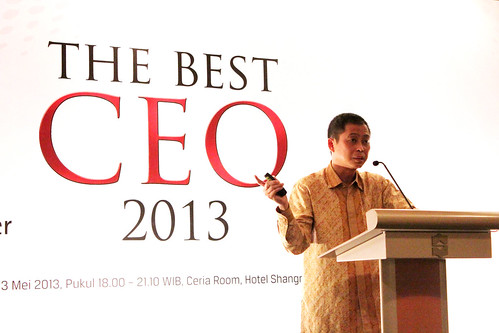 The Best CEO & Indonesia Future Business Leader Award 2013 ~ Presentasi Ignasius Jonan.