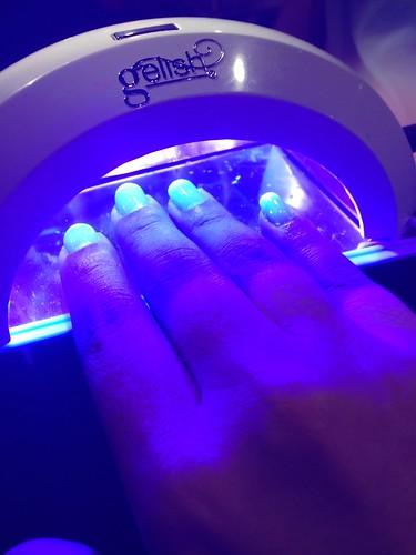 Lavishing me nails
