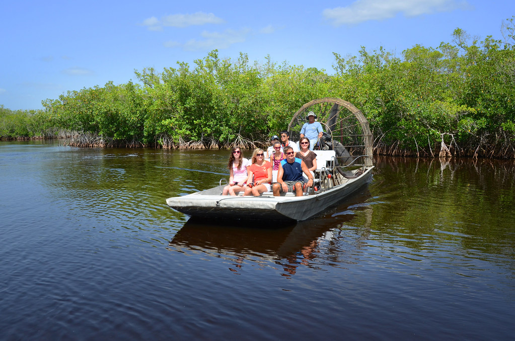Everglades Airboats, Alligators (Photos by Pete Cross)