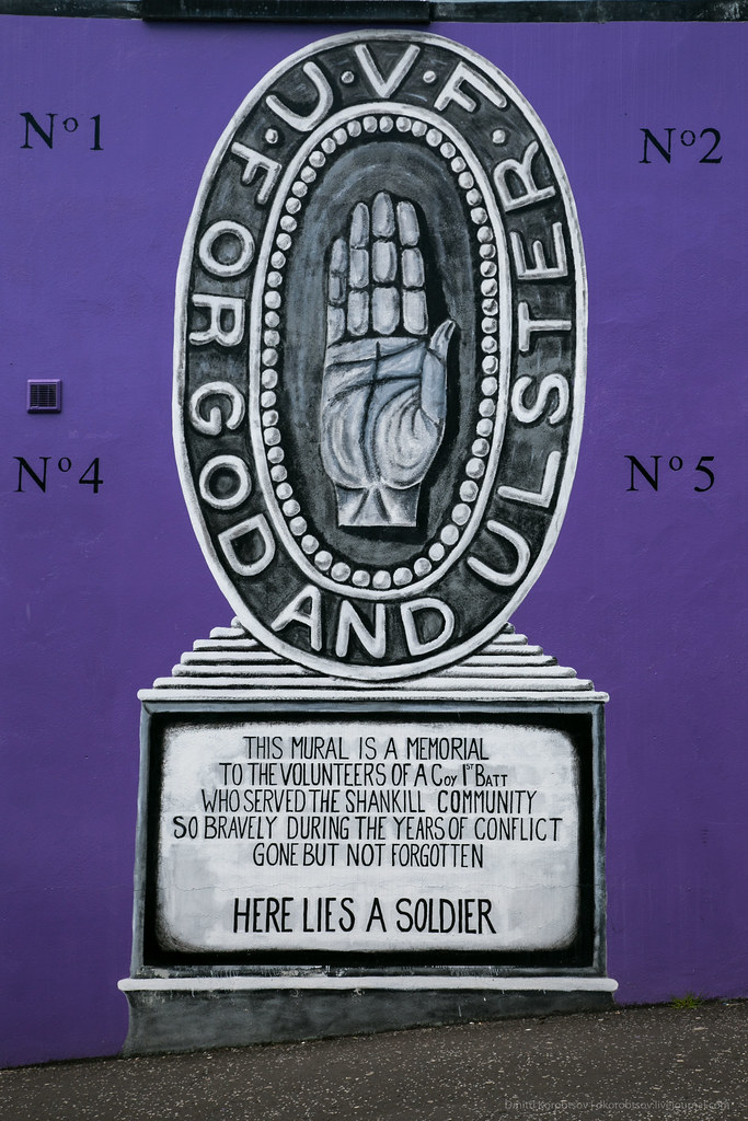 'For God and Ulster' mural