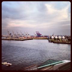 #river #harbor #elbe