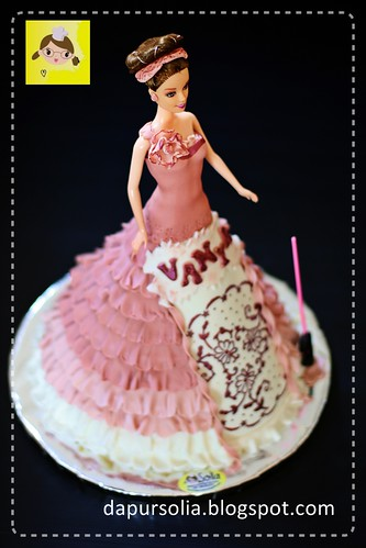 Barbie Cake for Vanya