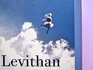 David Levithan, ogni giorno. Rizzoli 2013. Progetto grafico di copertina © Adam Abernethy. Prima di sovracoperta (part.), 3